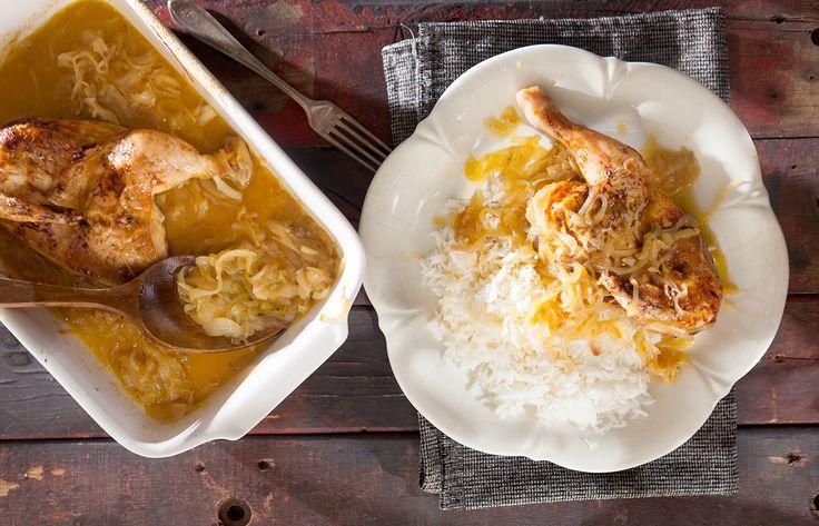 Κοτόπουλο με κρεμμύδια και χυμό ροδάκινο
