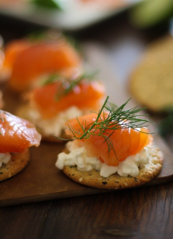 Swedish Gravlax (cured salmon) a delicious Nordic-inspired appetizer | http://www.theroastedroot.net