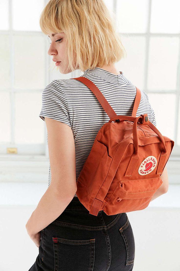 Fjallraven Kanken Mini Backpack Outfit Spring Summer