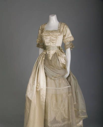 Wedding dresses 18th century wedding dress for 18th century wedding dress