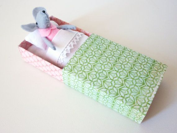 Felt mouse in match box bed by atelierpompadour on Etsy, €16.00