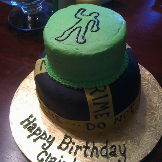 Clairs Murder Mystery Birthday Cake Clair Pinterest