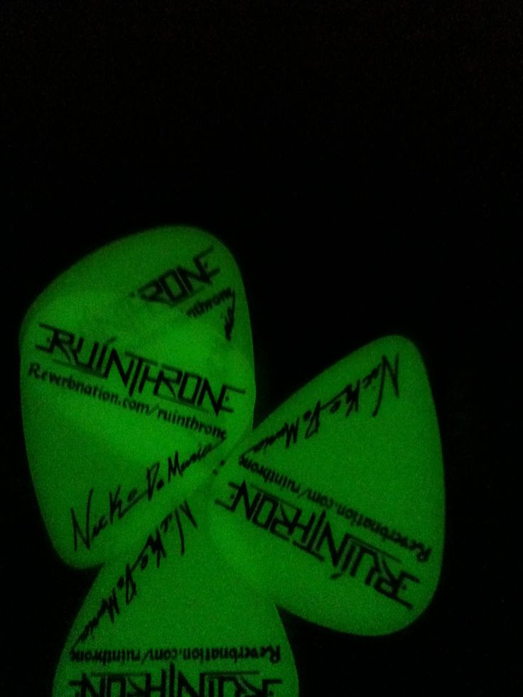 RuinThrone's glow in the dark picks