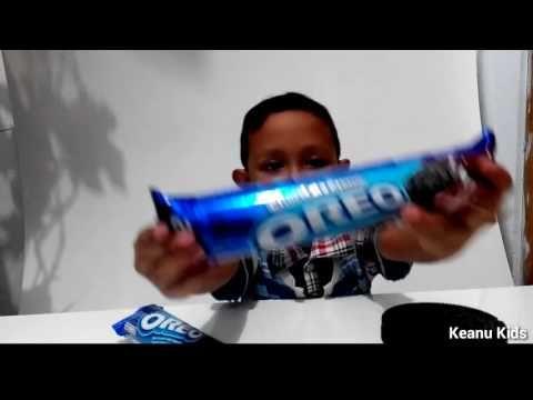 Unboxing Oreo Challenge gratis Snack box - Not a Giant Oreo