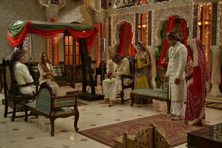 BalikaVadhu | Balika Vadhu: Anandi enters Shiv's Haveli. | Pinterest