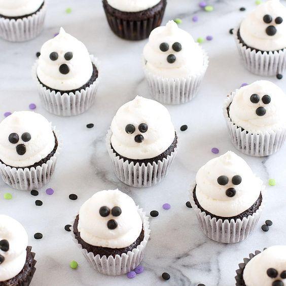 {NEW} Mini Ghost Cupcakes. Boo! I am SO ready for #Halloween treats! Are you? Recipe on #sarahsbakestudio.com • • #cupcakes #minicupcakes #baking #ghosts #halloweenbaking #desserts #bhgfood #ontheblog #hookedonbaking #bakingfun #bakingblog #bakinglove #hookedondesserts #buzzfeed #buzzfeedfood #nomnom #halloweentreats #bakinglifesweet #instayum #foodgawker #foodblog @thefeedfeed @thefeedfeed.baking #thefeedfeed #dessertblog #recipes