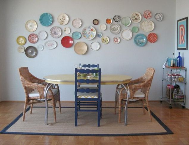 Inspiration from www.californiashutters.co.uk Use mismatched antique or boot-fair buy plates to make a display for the modern take on granny style