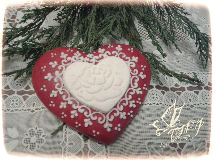 Heart and rose by TMJcreative.