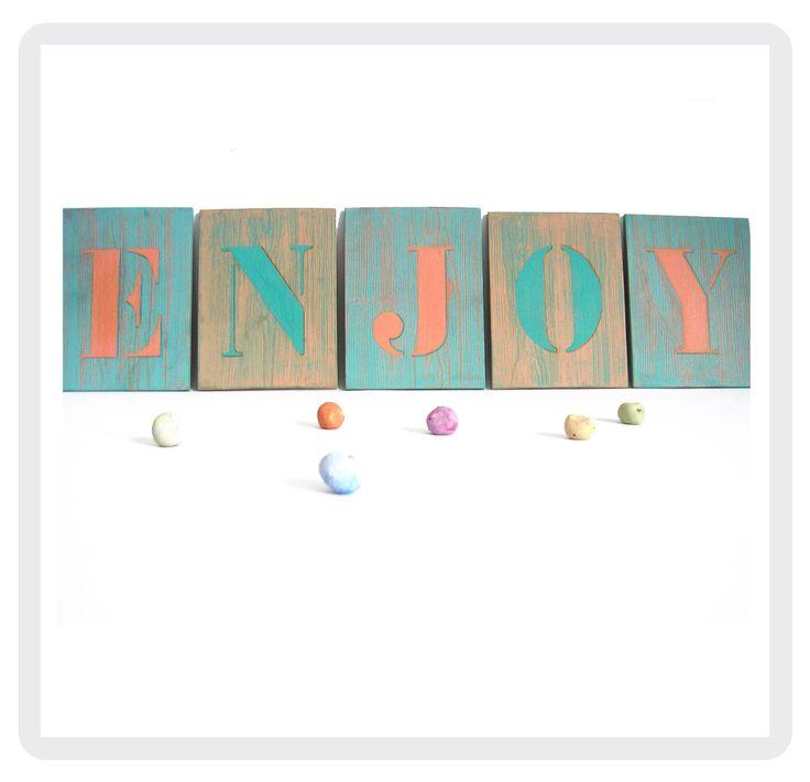 Simple enjoy lettres dcoratives faon faux bois crus - Lettre motivation femme de chambre hotel ...