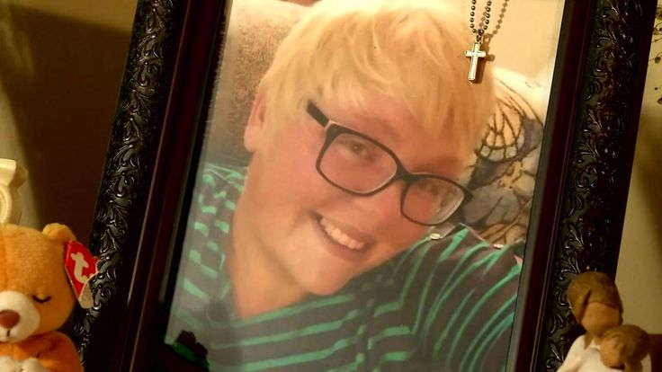 Amy Schnelle, 31, died of an epileptic seizure on February 17. She died less than half a year after the government cut her benefits, including medication.