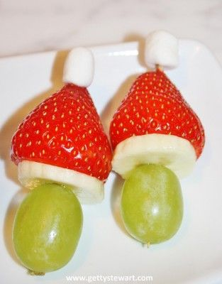 Strawberry grinch kabobs make a fun and healthy snack for any potluck, party for school, the office or friends and family. #healthysnack #fruitkabobs