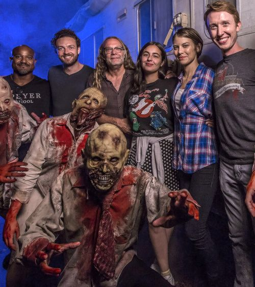 Lauren Cohan, Alanna Masterson, Seth Gilliam, Ross Marquand and Jordan Woods-Robinson join Greg Nicotero to experience The Walking Dead haunted house at Universal Orlando's Halloween Horror Nights on September 16, 2016 in Orlando, Florida