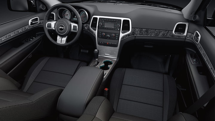 2013 jeep grand cherokee laredo interior with standard leather wrapped steering wheel including. Black Bedroom Furniture Sets. Home Design Ideas