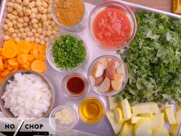 The supermarket chainis offering meal kits — or packages that containrecipes and accompanying ingredients — at a handful of stores and launching them nationwide over the next year, Kroger CEO Rodney McMullen said Wednesday in a letter to shareholders.  First of all, Kroger's boxes are cheaper, costing about $14 for a mealthat feeds two people.  Kroger also goes a step further than Blue Apron by doing most of the food prep for customers.  Kroger says its mealstake about 20 minutes to p...