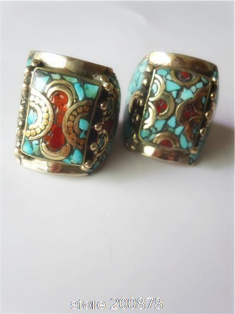Купить товарR217 непал тибетский медь инкрустированные colorful камень большой человек большой палец руки кольцо, Сверхширокими мантра палец кольца тибет кольца в категории Кольцана AliExpress.             Тибетской Красочные человек большой палец кольцо, из Тибета местных. * Изготовлен из латун