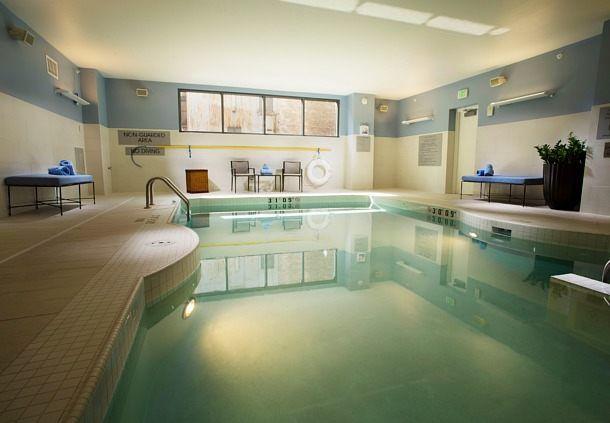 Milwaukee Marriott Downtown Indoor Pool Traveling Holiday