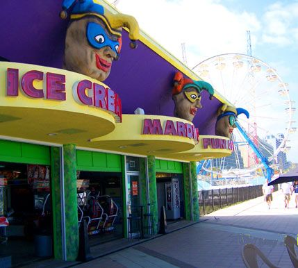 Pizza Hunt Daytona Beach