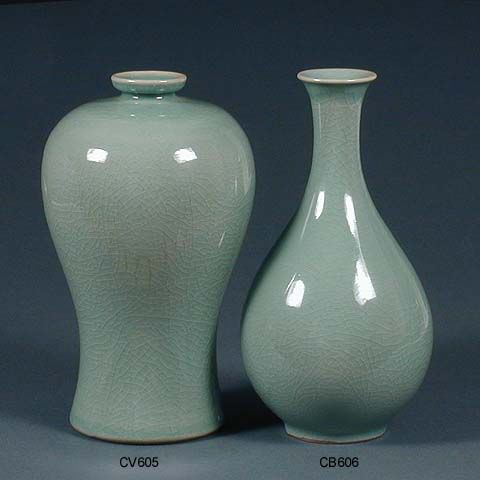Vase and Bottle rich celadon crackled jade and green glazeFosterginger.Pinterest.ComMore Pins Like This One At FOSTERGINGER @ PINTEREST No Pin Limitsでこのようなピンがいっぱいになるピンの限界