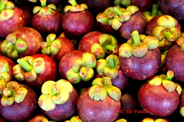 mangosteen contains biologically active phytochemicals such as hydroxycitric acid and antioxidants. supports normal appetite levels and metabolism and storage of carbohydrates and fats to maintain normal body weight.