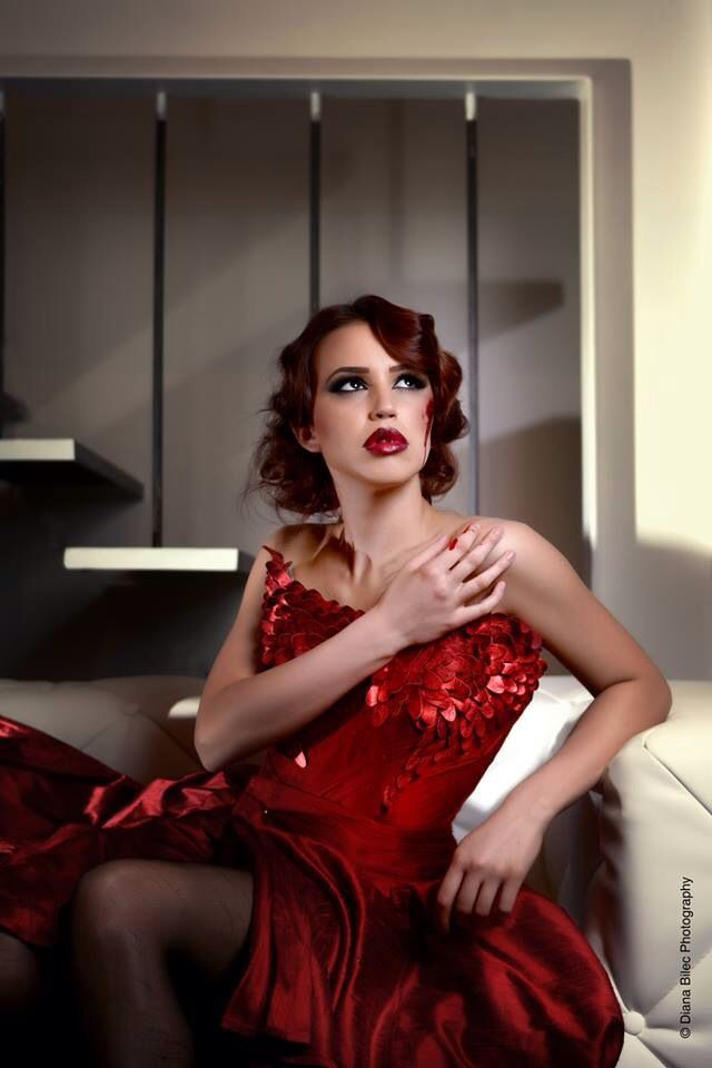 Red Atelier Diana Miculit