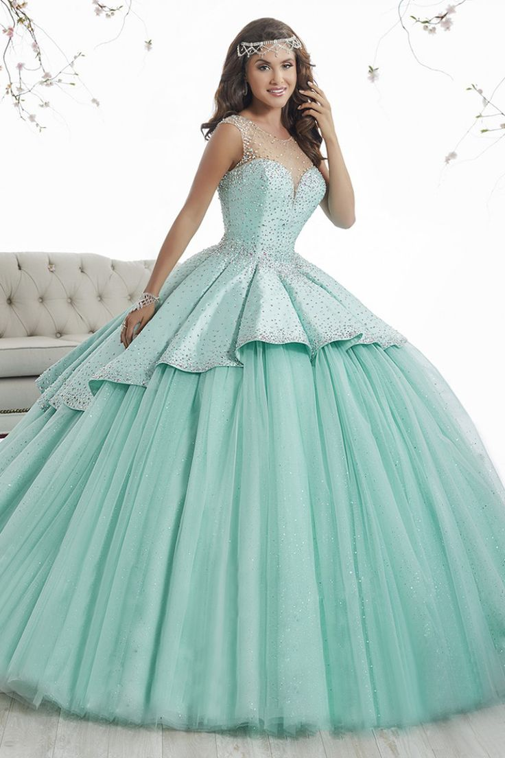 681 best novias y xv años images on Pinterest | Evening gowns ...