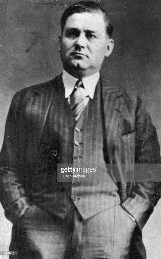 Portrait of American mafia boss George 'Bugs' Moran (1893 - 1957) holding his hands in his pockets. Moran, leader of the 'North-Siders' was Al Capone's main rival in the Chicago mafia.