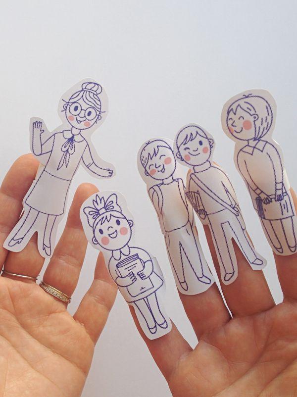 Et si on jouait à la maîtresse d'école ? Avec ces petites marionnettes à doigts à imprimer, c'est facile et joli. Les enfants vont adorer prendre le rôle de la maîtresse et de ses élèves. Ils pourront aussi colorier les personnages comme ils le veulent. Allez, en rang deux par deux et c'est parti pour le p'tit bricolage !