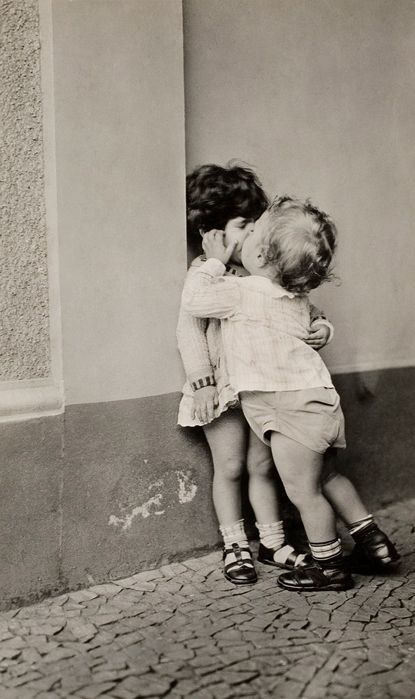 "L'amour n'a pas d'âge - émoi émoi ""World Kiss Day ! Concours GLOSSYBOX"""