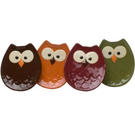 These will look great with all my pinned owl mugs, owl bowls, owl placements, owl tablecloth, owl napkins and now... owl plates!
