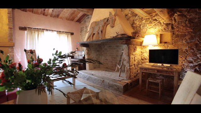Colle dell'Asinello - Panoramica interni/esterni della struttura, Guardea Italia