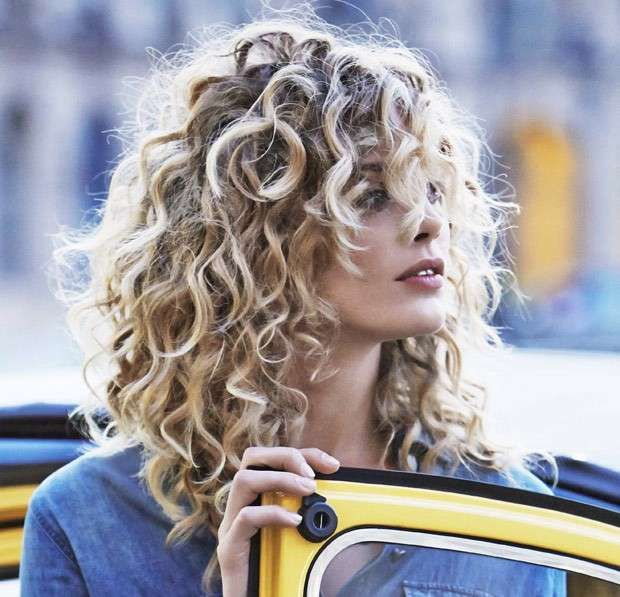 Blonde curls bob hair trend fall / winter 2016 - Fashionchick