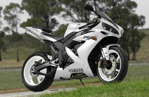 White on white Yamaha R1 http://www.motorcycle.com/specs/yamaha/sport/2015/yzf/r1.html