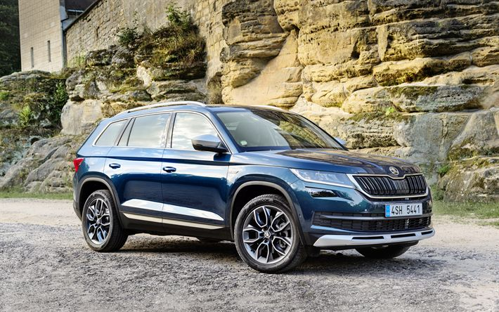 Download wallpapers Skoda Kodiaq Sportline, 2017 cars, crossovers, blue Kodiaq, Skoda