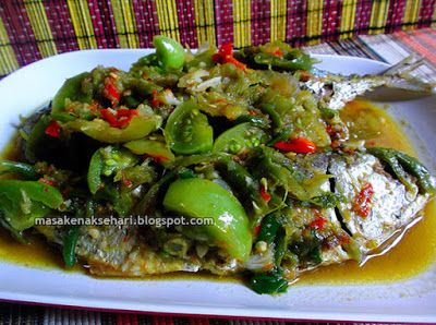 Resep Ikan Kembung Sambal Ijo   Resep Masakan Indonesia - masakenaksehari.blogspot.com