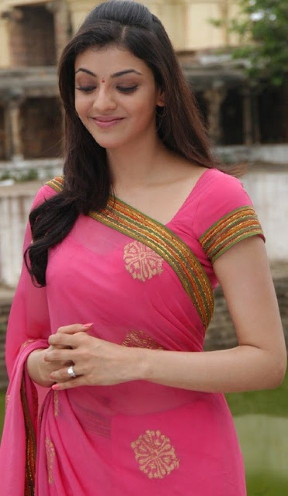Tamil Actress Kajal Agarwal saree