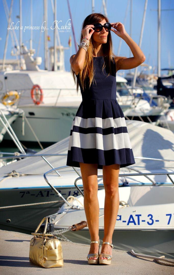 MARINERO,Muy bonito vestido