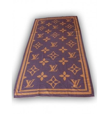 Louis Vuitton         Beach / Bath Towel    1 Towel 70/140 cm      100% Cotton        The item on the picture is the item you will get