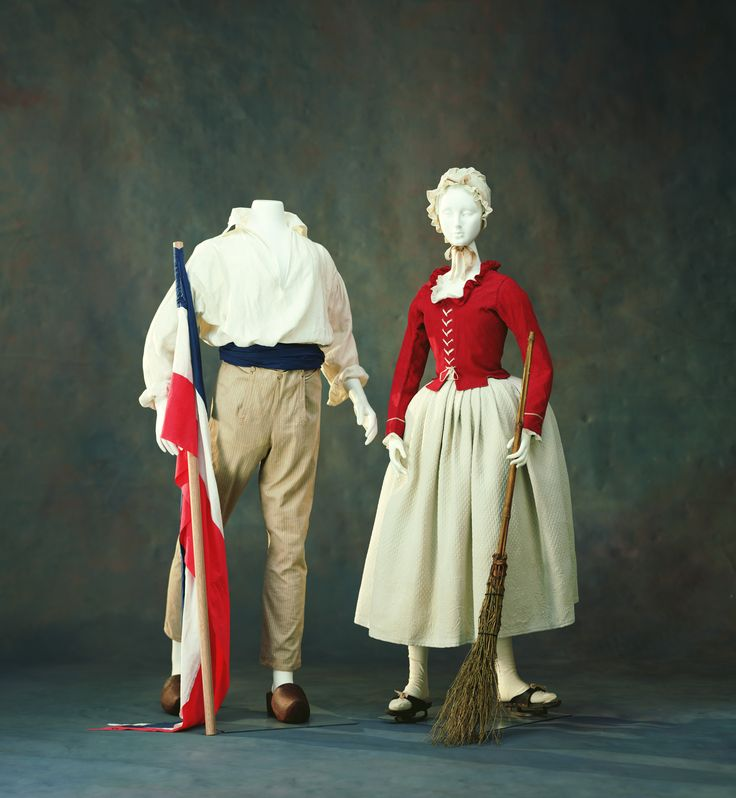 With the outbreak of the revolution in 1789, people began to use fashion as a means of expressing one's ideology. The revolutionaries regarded luxurious and extravagant silk as the enemy of the revolution, replacing breeches and white silk stockings - the symbol of aristocracy - with the long trousers worn by the lower classes, in an attempt to distance themselves from the previous era.