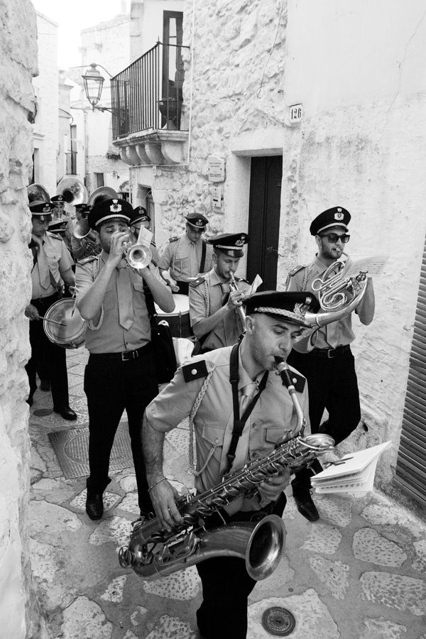 How To Shoot An Event as part of a Travel Photography story – Procession in Ceglie Messapica Puglia Italy copyright Carla Coulson