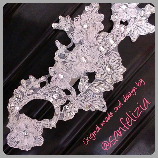 Hiasan rambut pengantin dengan detail payet dan batu-batu kristal. Harga: Rp. 250.000,- #headpiece #headaccessories #handmadeheadpieces #fabricflower #handmade #aksesoriskepala #aksesorisrambut #fascinator #Jakarta #sanfelizia #wedding #bride #pernikahan #Hijab #Jilbab #hiasanJilbab #hiasanKerudung #hiasanHijab #pengantin #veil #hairaccessories #MUA #mua #hairdo #hairstylist #updo #hiasankepala