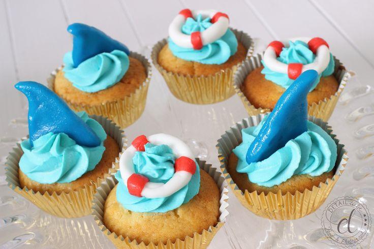 Beach Party, Hai Cupcakes