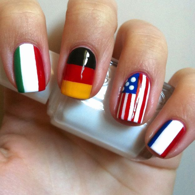 "Аккуратный маникюр ""Флаги"" на коротких ногтях ::: onelady.ru ::: #nail #nails #nailart #manicure"