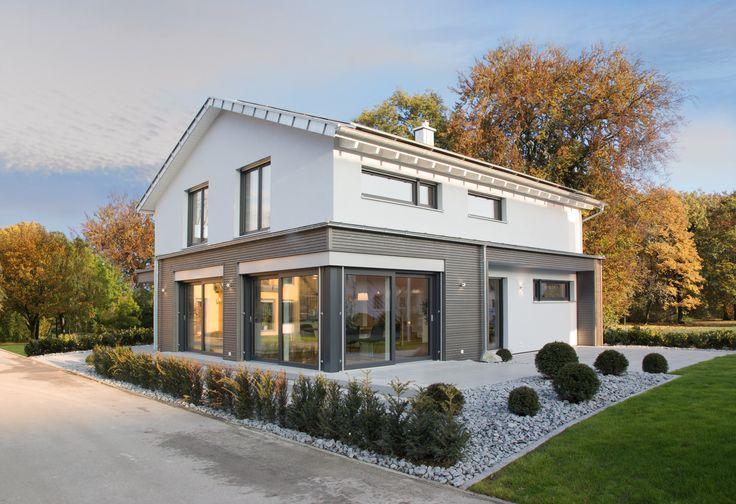 Fertighaus Weiss - Musterhaus Ulm Plusenergiehaus der 3. Generation - Fertighaus - Satteldach