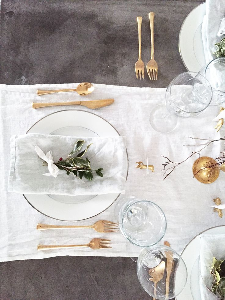 White and Grey Linens, Gold Cutlery | ineverything.ca