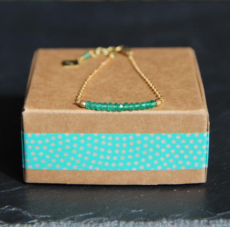 Bracelet Gemstone bar Onyx vert & chaîne de laiton brut (doré), idée cadeau, perles, bijou fin, ethnique : Bracelet par myo-jewel