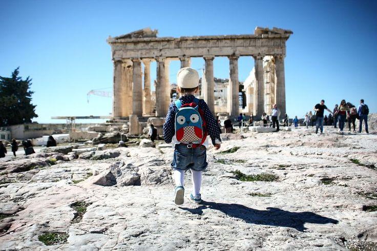 Casal mostra que não é preciso largar emprego para viajar o mundo