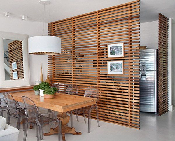 ¿Os gusta esta idea para separar en vuestros apartamentos la cocina del salón? Separas espacios pero no pierdes visión.