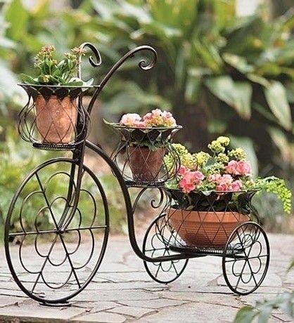 Slovníky popisují bicykl, čili kolo jako jednostopé vozidlo poháněné silou lidských svalů. O jejich | Galerie | Magazín Zahrada