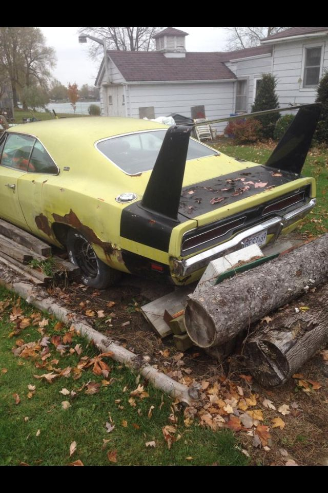 2368 best Forgotten Cars & Trucks, Barn Finds & Salvage Yards images ...