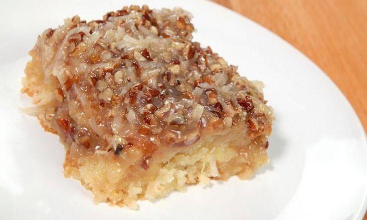Ananas, noix de coco et pacanes... Un gâteau qui fait le tour du web et ce n'est pas pour rien!